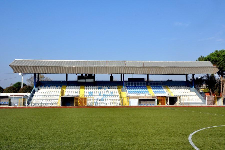 Biga İlyas Bayram Stadyumunun Tribün İhalesi Yapıldı