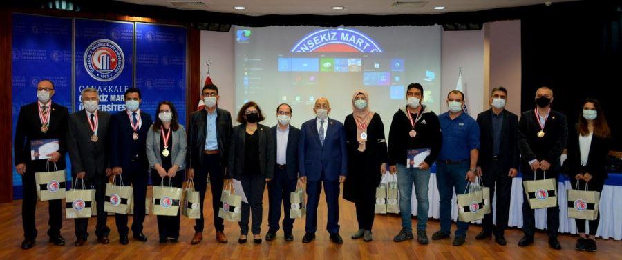 ISIF'20 Buluş Fuarında Dereceye Giren ÇOMÜ Akademisyenlerine Madalyaları Takdim Edildi