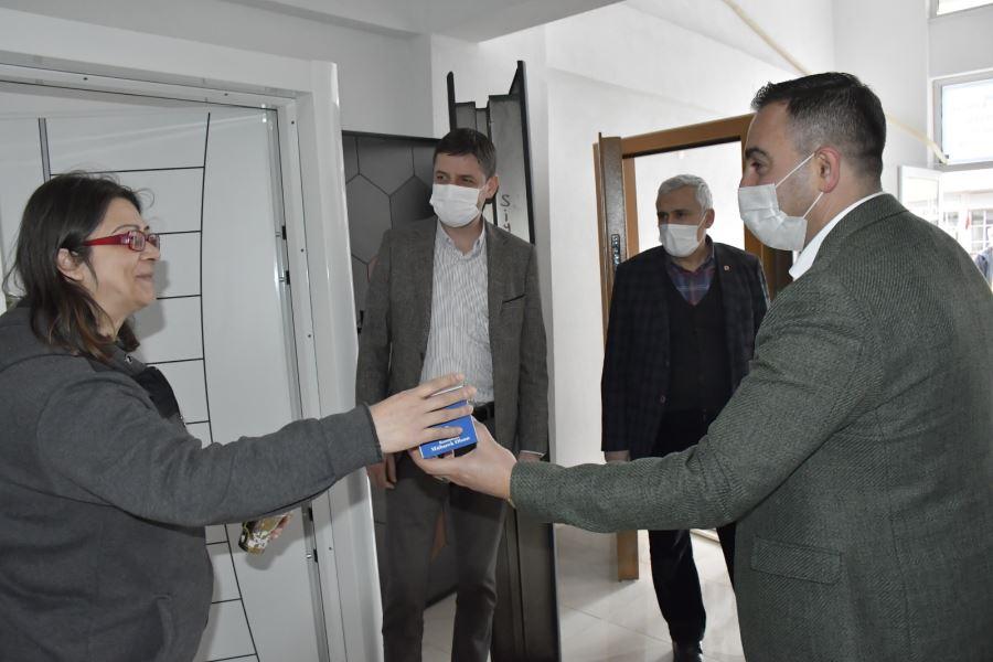Başkan Erdoğan, Berat Kandilinde Vatandaşlarla Buluştu