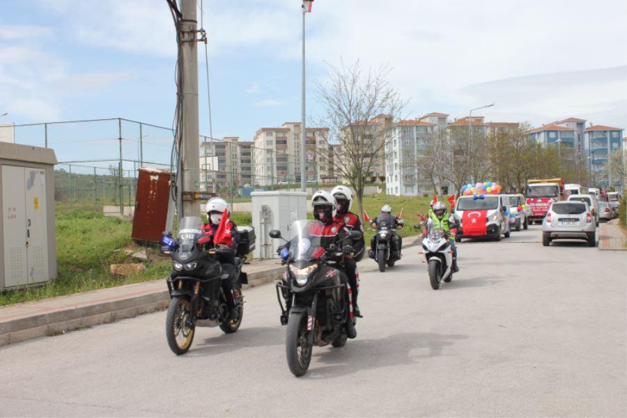 23 Nisan Ulusal Egemenlik Ve Çocuk Bayramı Korteji