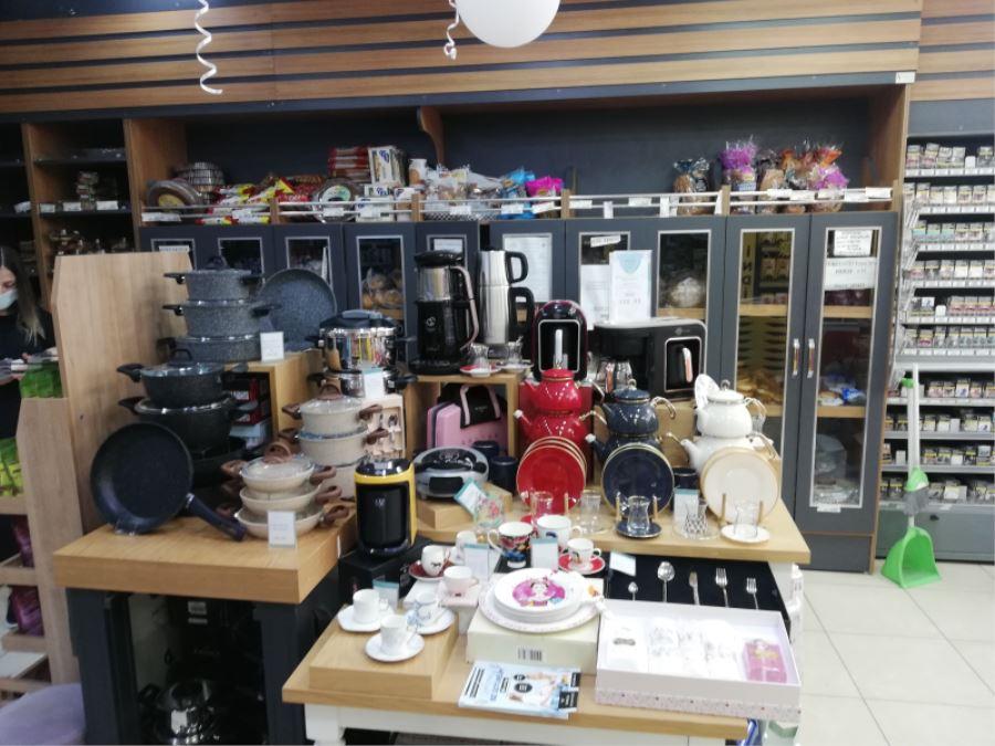 Biga Cemre Market'ten Anneler Gününe Özel Hizmet